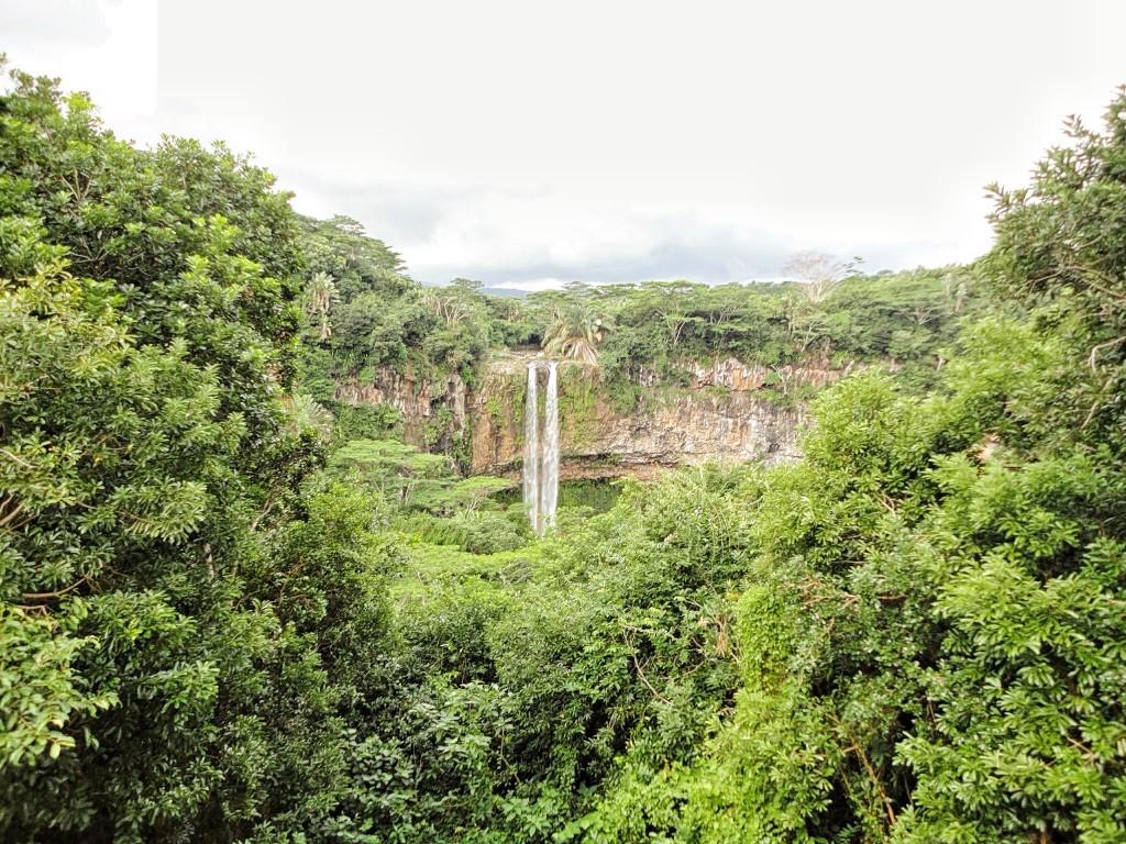 The beautiful Chamarel Falls